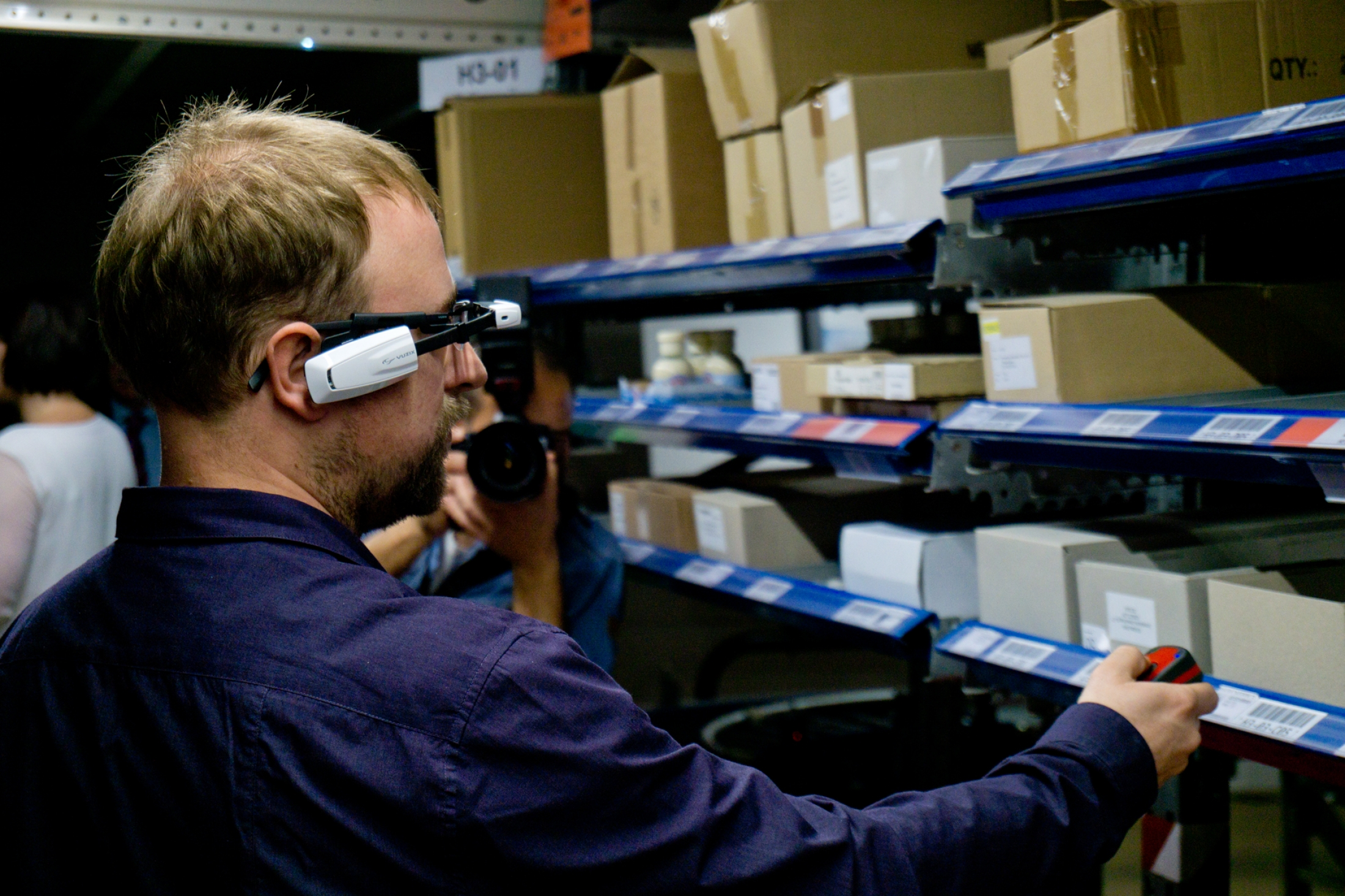 Faster, more accurate logistics processes with PROLAG®Go and smart glasses